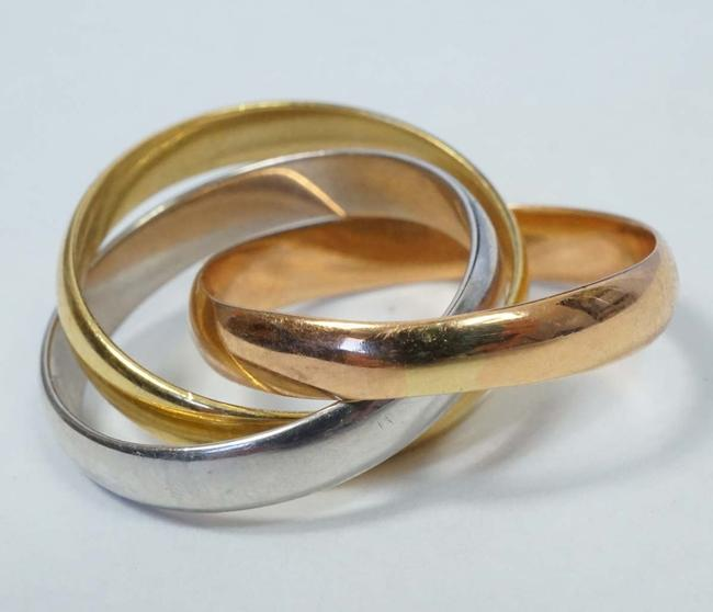 Item - Gold Yellow White Tri Color 18k 750 Trinity Rolling Size 5 Ring