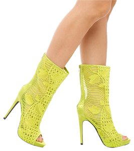 ShoeDazzle Green Boots