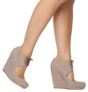 ShoeDazzle taupe Platforms