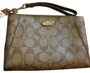 Coach Wristlet in Light Brown