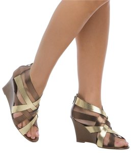 ShoeDazzle metallic Platforms