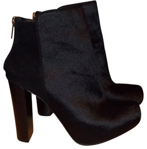 c4708083324c Victoria s Secret Boots   Booties - Up to 90% off at Tradesy