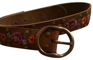 Lucky Brand Embroidered Floral And Leather Belt
