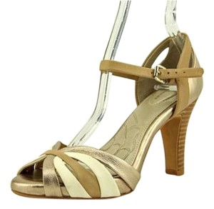Giani Bernini Vivis Leather Highheel Padded Bottom Sandal Gold Formal