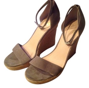 Colin Stuart Taupe Wedges