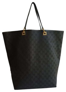 Gucci Signature Black Tote in Black Guccissima