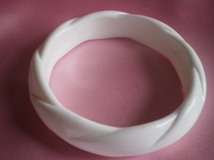 Unknown white lucite bangle bracelet