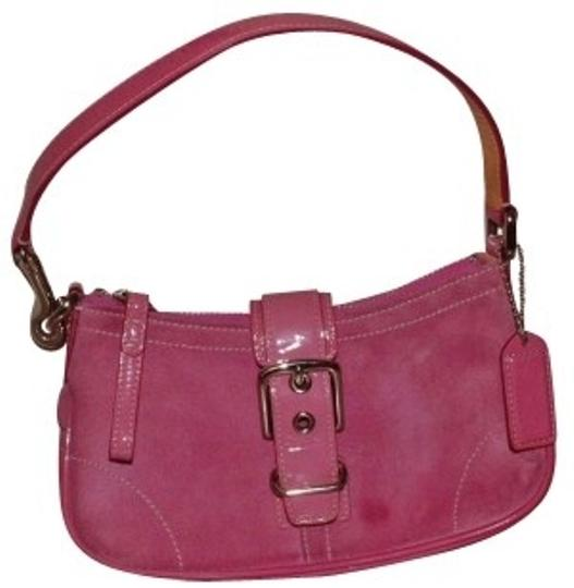 Preload https://img-static.tradesy.com/item/158043/coach-hamptons-small-patent-leather-pink-suede-baguette-0-0-540-540.jpg