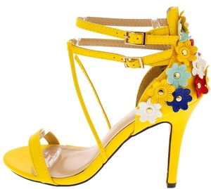Yellow Floral Pumps