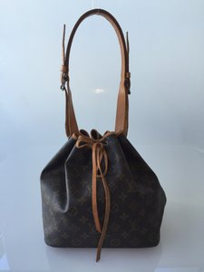 Louis Vuitton Petit Noe Noe Tote in Monogram