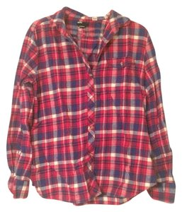 BDG Flannel Urban Outfitters Checke Button Down Shirt Red and blue plaid