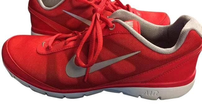 Item - Red Light Weight New Air Sneakers Size US 9.5 Regular (M, B)
