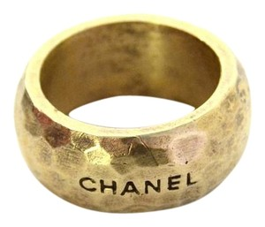 Chanel Chanel Hammered Gold Ring sz 8