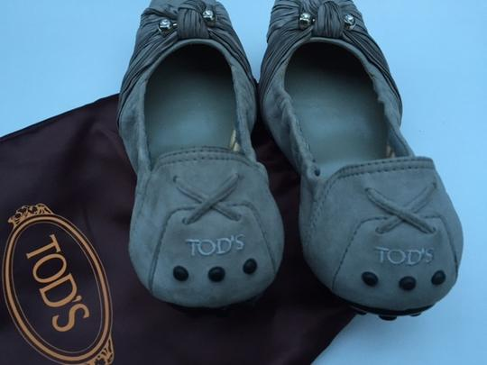 Tod's Gray Suede Flats