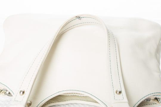 Marc Jacobs Leather Silver-tone Dual Front Push Lock Pocket Handbag Leather Silver-tone Dual Front Push Lock Pocket Handbag Satchel in Marc Jacobs White