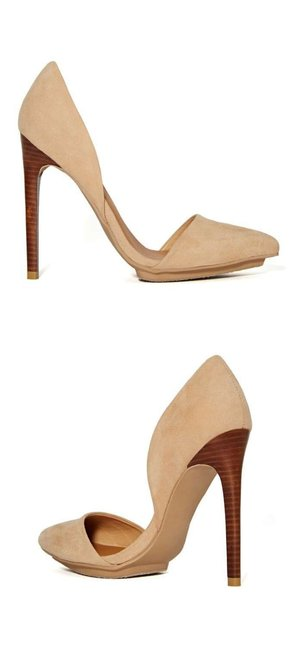 Item - Nude D'orsay Pumps Size US 10