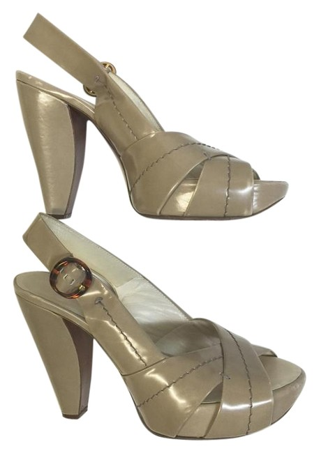 Marc Jacobs Taupe Free Shipping Pumps Size US 8 Regular (M, B) Marc Jacobs Taupe Free Shipping Pumps Size US 8 Regular (M, B) Image 1