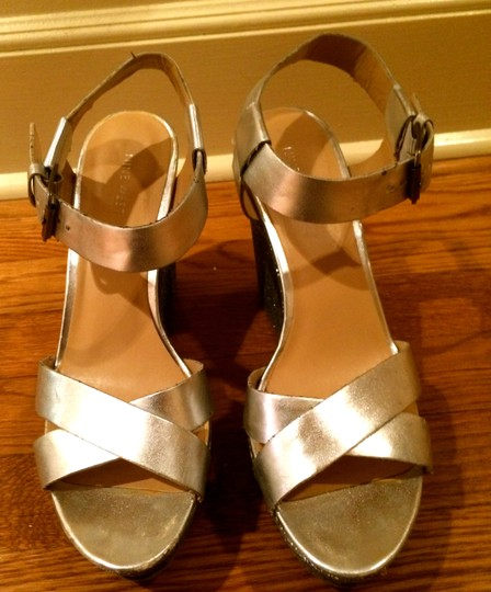 Nine West Sparkle Metallic Shine Shiny Sandle Ankle Ankle Strap Silver Wedges