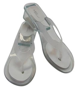 Max Collection Size 9.00 M Good Condition Clear Sandals