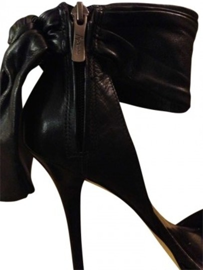 Preload https://item1.tradesy.com/images/guess-by-marciano-black-peep-toe-heels-that-tie-around-ankle-they-re-awesome-pumps-size-us-10-158205-0-0.jpg?width=440&height=440