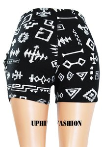 UPHILL FASHION Shorts BLACK PRINT WHITE PICTURE