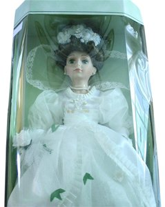 Collectible Memories Vintage Genuine Porcelain Doll Collectible Memories Bride Doll