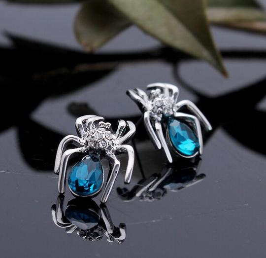 Luxury 18kg Plated Sparking Austria Crystal Zircon Spider Stud Earrings
