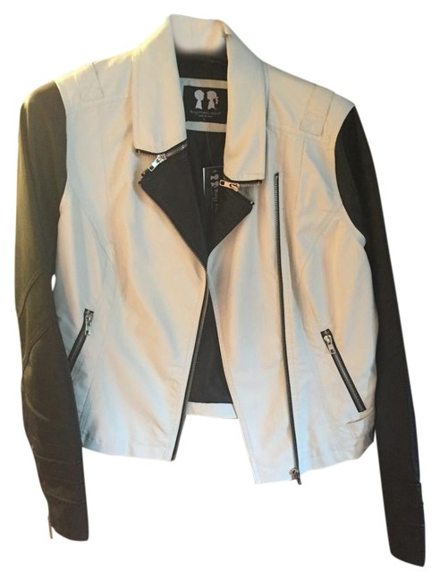 Preload https://img-static.tradesy.com/item/15823642/boy-meets-girl-black-and-white-faux-leather-jacket-size-12-l-0-1-650-650.jpg