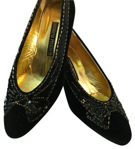 Andrea Pfister Couture Black Pumps