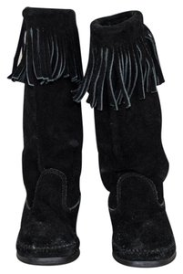 Minnetonka Single-fringe Festival Black Boots