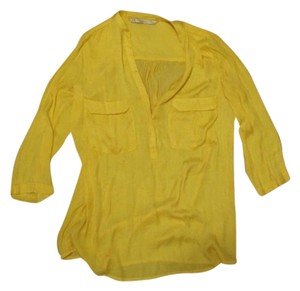 Trafaluc Button Down Top Banana