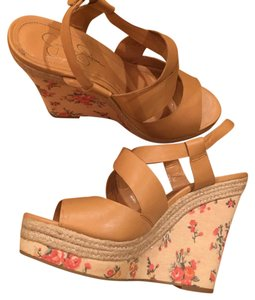 Jessica Simpson Nude with floral print Wedges