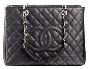 Chanel Leather Tote in Black Caviar
