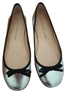 Marc by Marc Jacobs Jacob Silver Flats