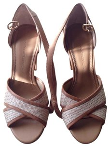 Banana Republic Ecru / Ivory Blush / Neutral Sandals