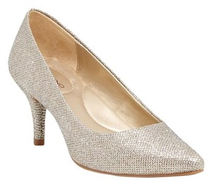 Bandolino sparkle white Pumps