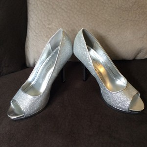 Rampage Peep Toe Glitter Silver Sparkle Gracee Wedding Shoes