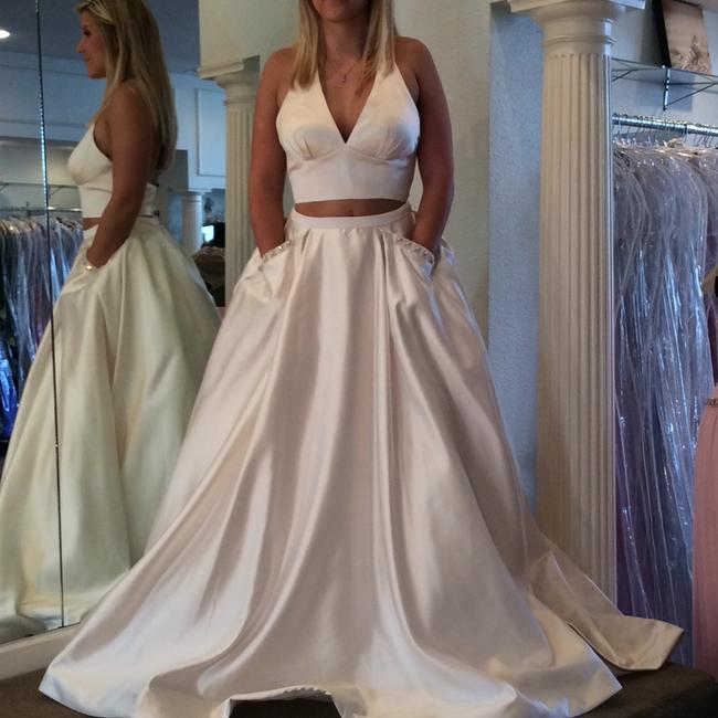 Sherri Hill Ivory Satin Sexy Wedding Dress Size 6 (S) Sherri Hill Ivory Satin Sexy Wedding Dress Size 6 (S) Image 1