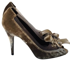 Stella McCartney Velvet Made In Italy Peep Toe Taupe/Gray Pumps
