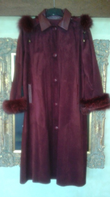 Item - Burgundy Maroon Red Fox Trimmed Suede (Euc) Removable Hood Coat Size 8 (M)