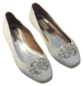 Badgley Mischka White Satin Flats