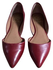 Vince Camuto Burgundy Flats