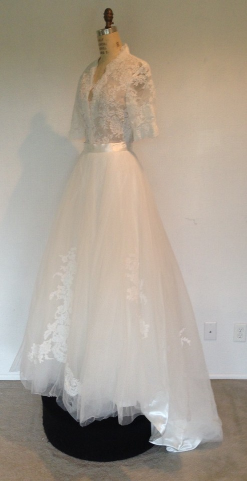 White Lace Tulle Sheer 2peice Full Skirt Alencon Appliques Sexy
