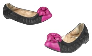 Chanel Black/Fuchsia Flats