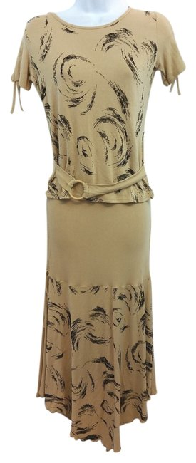 Preload https://img-static.tradesy.com/item/15852577/stretch-top-and-skirt-set-m-mid-length-casual-maxi-dress-size-10-m-0-2-650-650.jpg