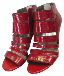 Nine West Leather Size 8.50 M Very Good Condition Red Sandals
