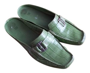 Carole Little green Flats