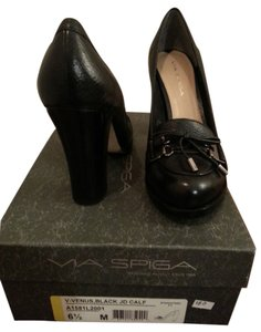 Via Spiga Leather Bow Silver Tassels Black Pumps