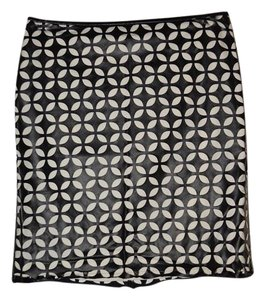 Vince Camuto Skirt Black and White
