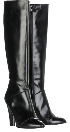 Preload https://img-static.tradesy.com/item/1585616/marc-jacobs-black-classic-leather-bootsbooties-size-us-10-regular-m-b-0-0-540-540.jpg